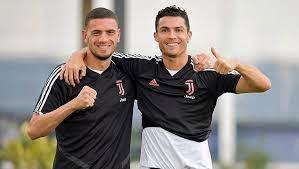 Merih Demiral komanda yoldaşı Ronaldodan danışdı