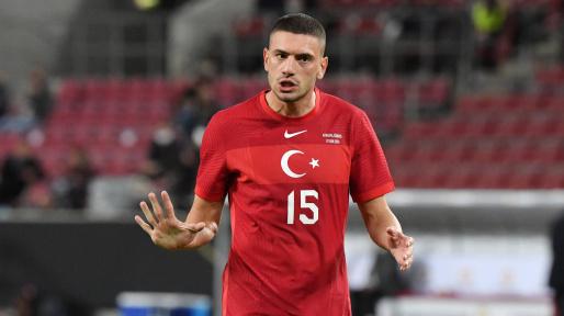 Türkiyəli futbolçu Merih Demiral tarixə düşdü -