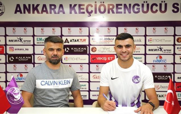 Azərbaycanlı futbolçu Türk klubuna keçdi