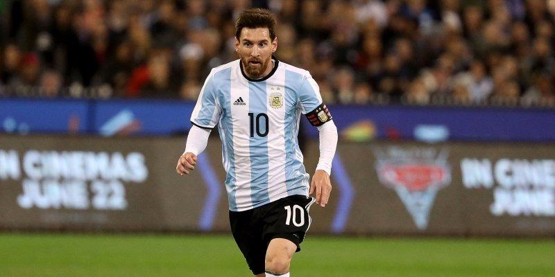 Lionel Messi Argentina millisindən danışdı