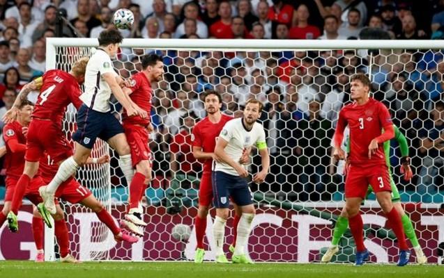 UEFA Danimarka - İngiltərə matçından  sonra intizam işi açdı