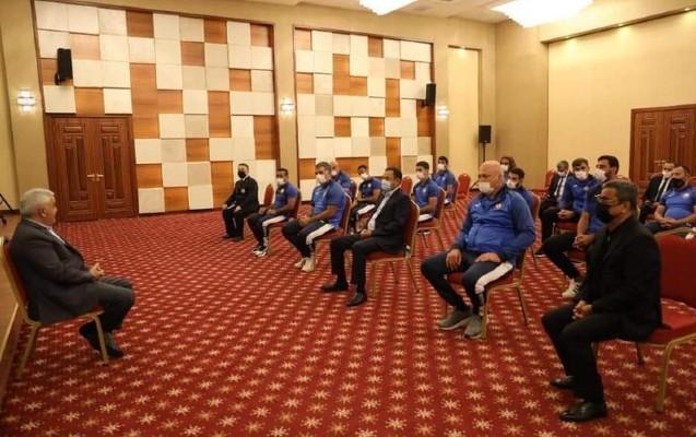 Rövnəq Abdullayev Olimpiya Oyunlarında iştirak edəcək cüdoçularla görüşdü