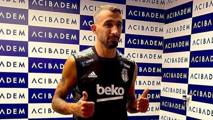 """""""Beşiktaş"""" Mehmet Topalı rəsmən transfer etdi"""