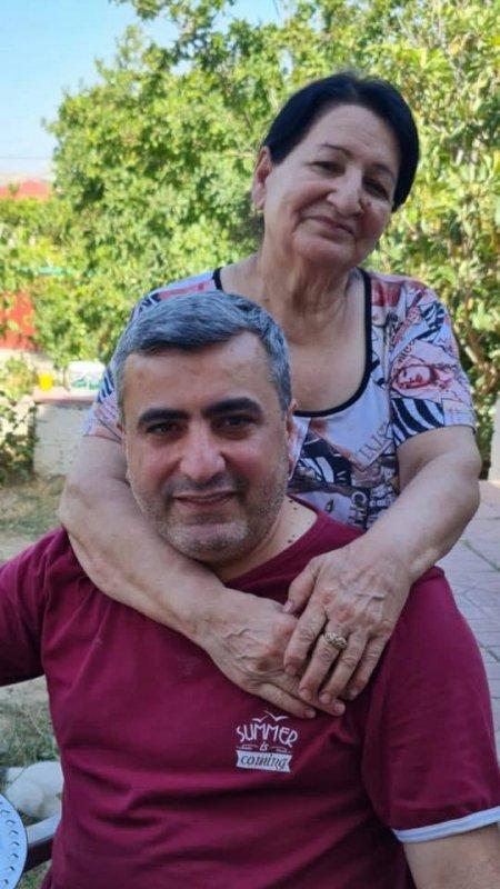 Tanınmış jurnalist Elnur Əşrəfoğlunun anası Mehriban Əliyevaya müraciət etdi