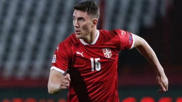 Serbiya yığmasının futbolçusu: